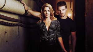 Oliver-and-Felicity-arrow-37655284-1920-1080